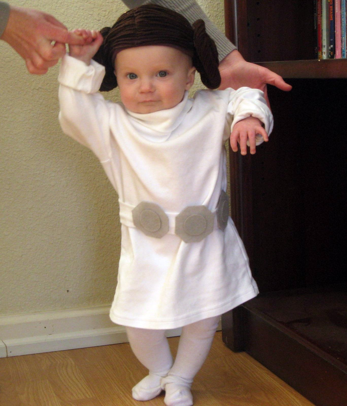 Baby Princess Leia Costume  sc 1 st  The Reno-Sparks Mom & The Reno-Sparks Mom: Baby Princess Leia Costume