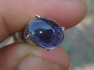 batu natural iolite