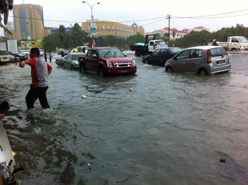 jalan%2Bbeserah Terkini: Kuantan Banjir Teruk