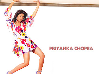 Bollywood Actress Priyanka Chopra hot and sexy photos wallpapers 2012