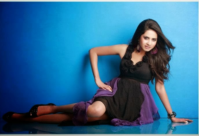 Sargun Mehta HD Wallpaper