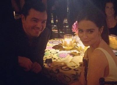 Emilia Clarke y Seth MacFarlene en la fiesta post-emmy - Juego de Tronos en los siete reinos