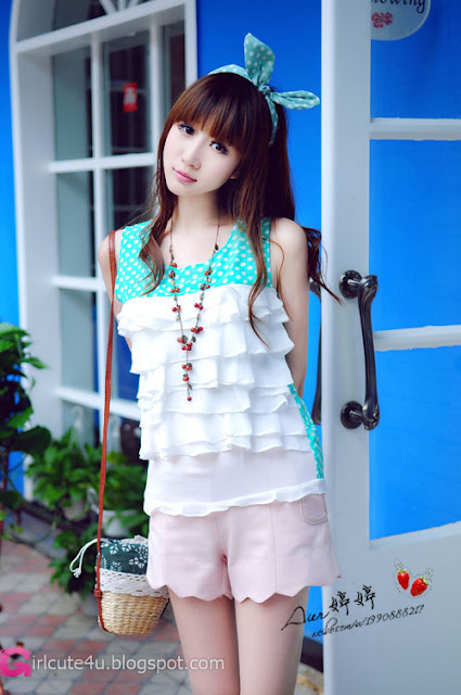 5 2012 autumn-Very cute asian girl - girlcute4u.blogspot.com