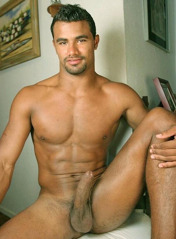 Hombres Desnudos Con Pene Grande