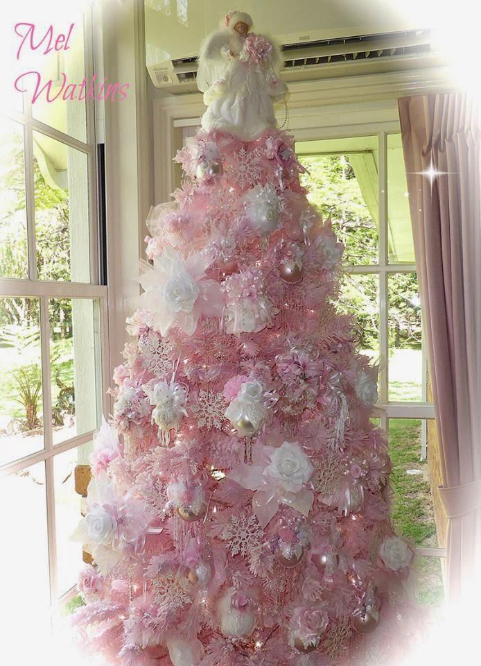 olivia 39 s romantic home mel 39 s pink christmas home tour. Black Bedroom Furniture Sets. Home Design Ideas
