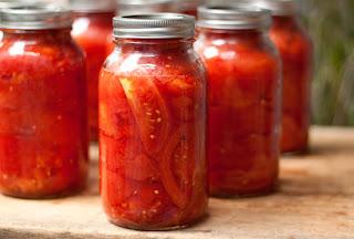 http://1.bp.blogspot.com/-eQH4Ul2Ew0k/UANDgRR7D-I/AAAAAAAAJnk/aycLPUjGygY/s320/canned_tomatoes_2010.jpg