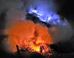 Paket Blue Fire Kawah Ijen Tour 2014