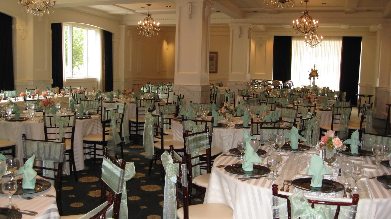See jane blog wedding luncheon flowers for Garden room joseph smith building