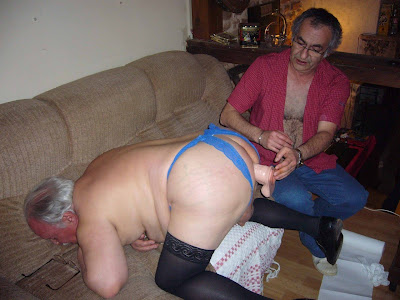 older sissy - oldermen dildo