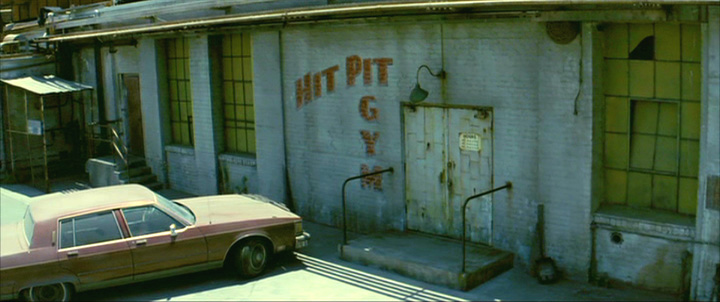 Hit Pit Gym This Was Filmed At A Disused Warehouse In Downtown Los Angeles Judging By The Street Views It Somewhere Near E 4th But Probably
