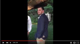 شاهدوا ردة فعل هذا العريس لدى رؤيته عروسه !