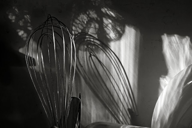 Wisk; Light; Shadow; Kitchen: Utensils