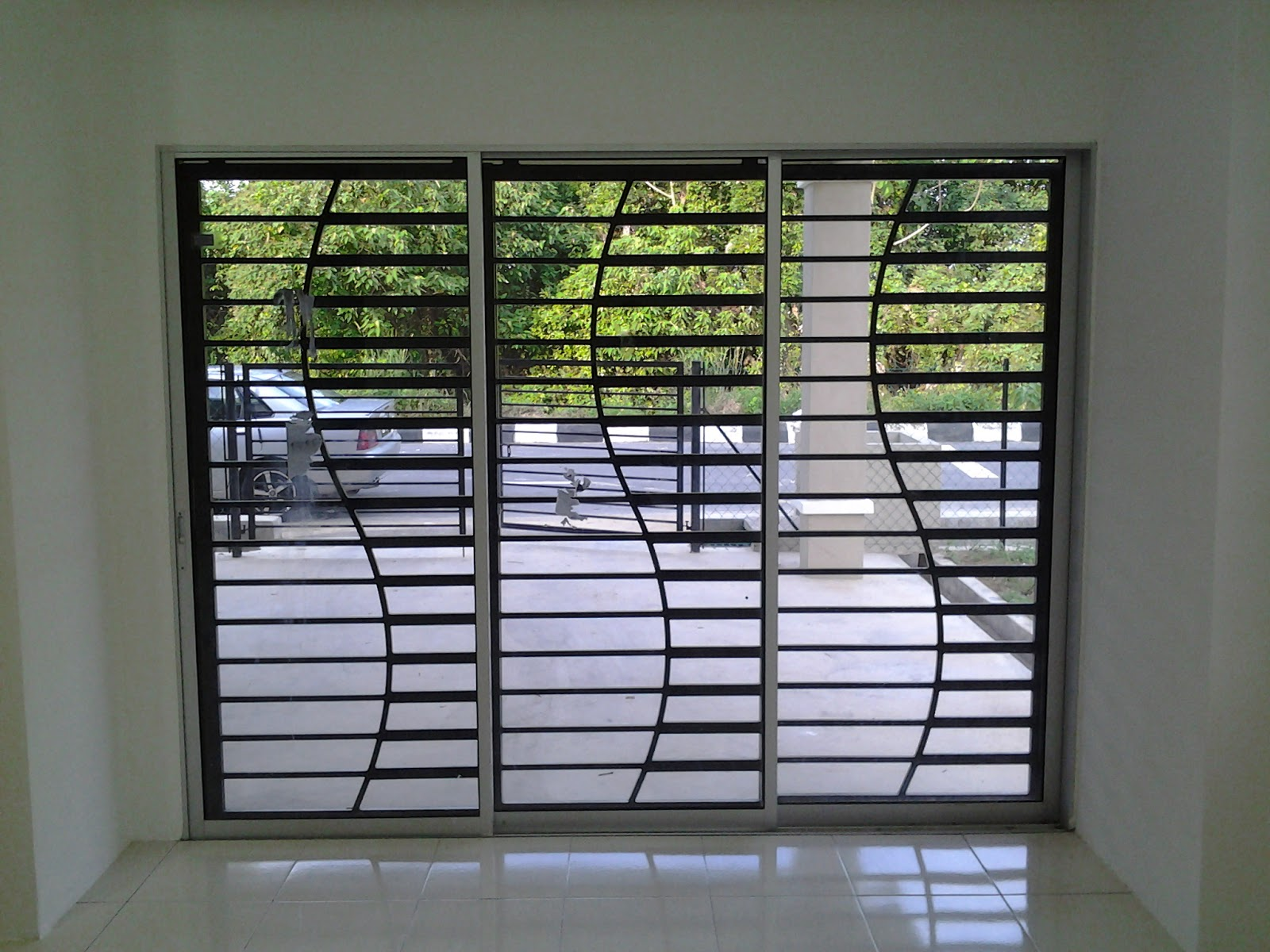 Rumahku syurgaku grill assemble for Window design metal