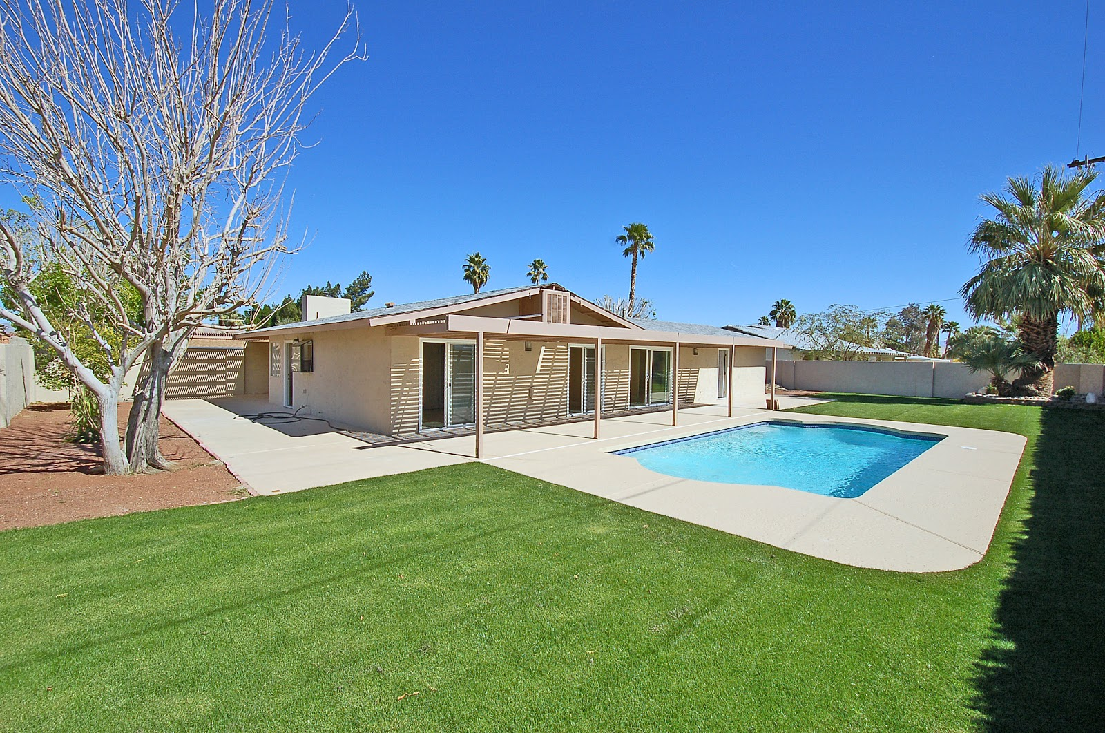Houses For Sale Pool Of Russell Hill Palm Springs Area Real Estate