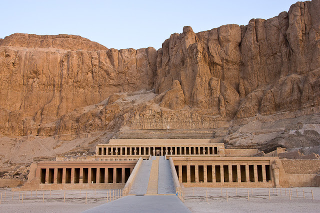 Temple-of-Hatshepsut-Nile-Cruise-2007-Egypt-Sealiberty-Cruising