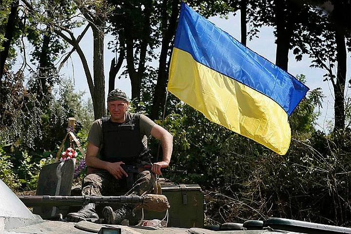ukraine+fagot+de+paille+-+big.jpg