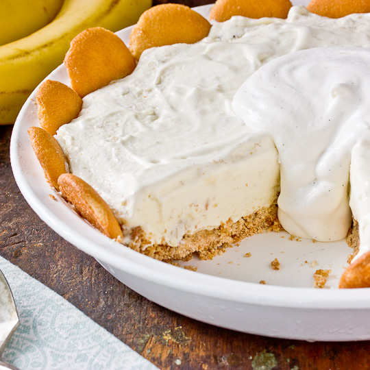 Serve andenjoy the Banana Pudding Pie Recipe Dessert