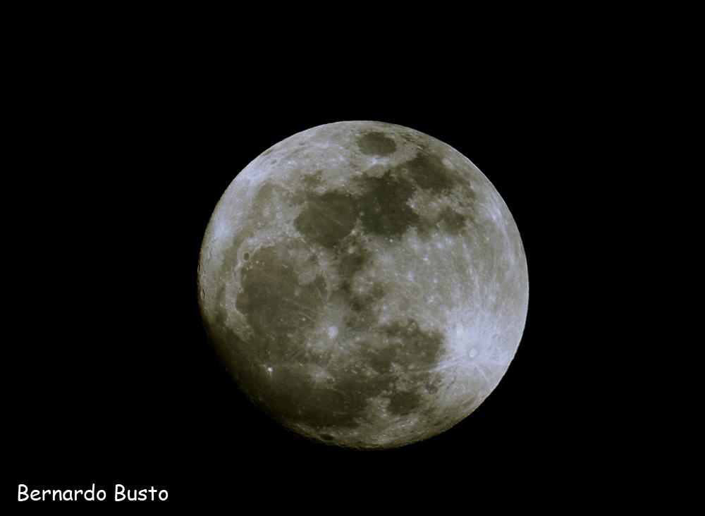 R a de la villa s per luna llena for Que luna tenemos hoy