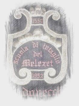 ricamo dello stemma della scuola intaglio Melezet