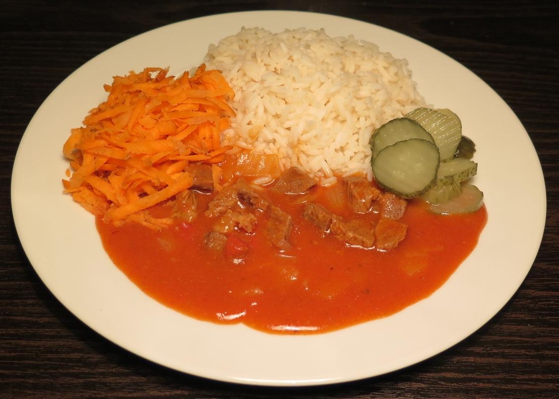 Gullash med ris