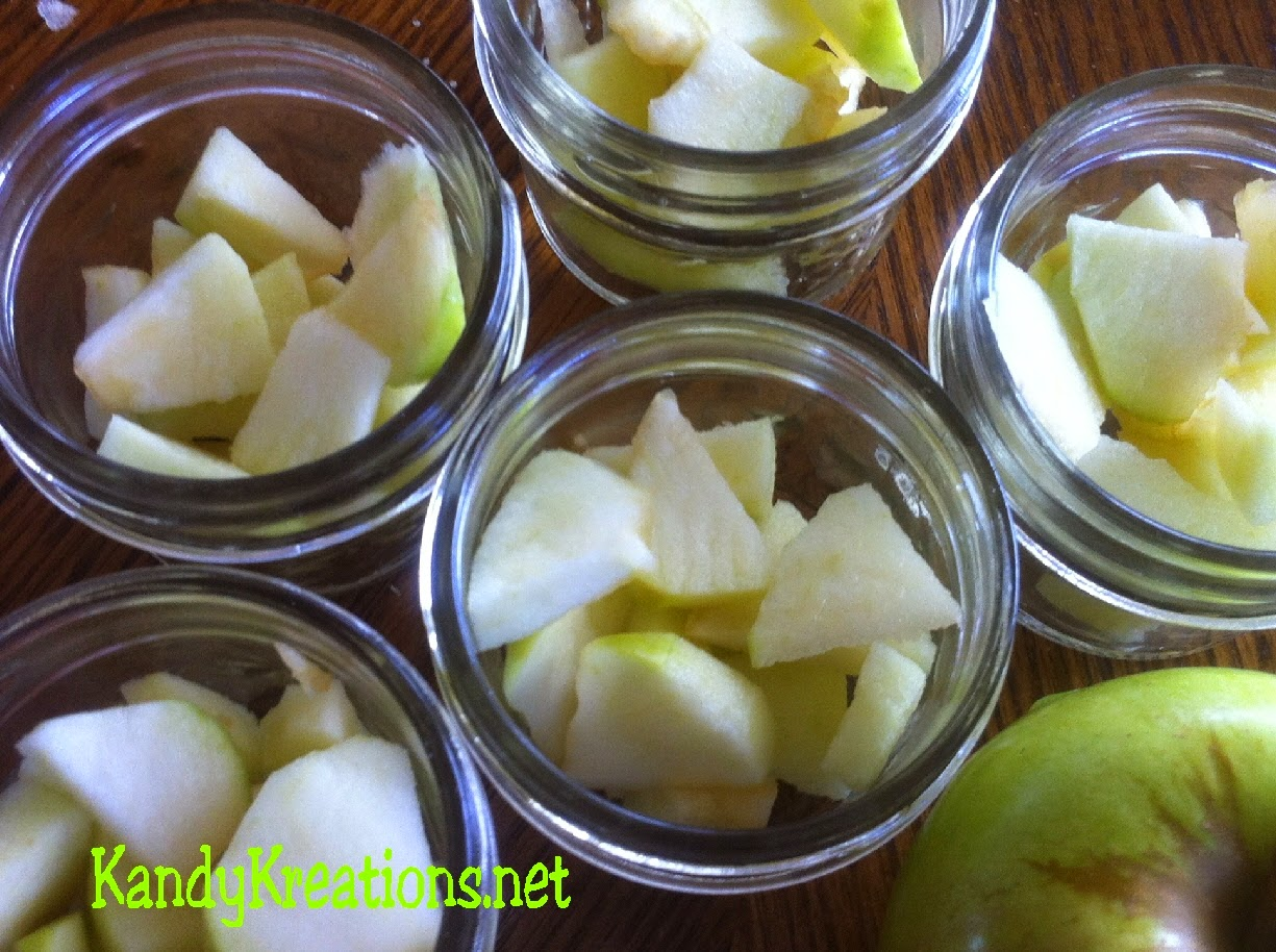 Apple Crisp Recipe Dessert in a Jar.  Yummy single serve desserts in a mason jar that make dessert extra fun and special.