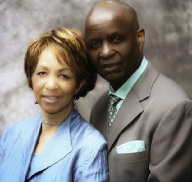 pastor bobby davis wife
