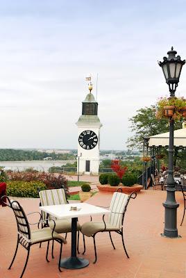 La torre del reloj en Petrovaradin, Servia.