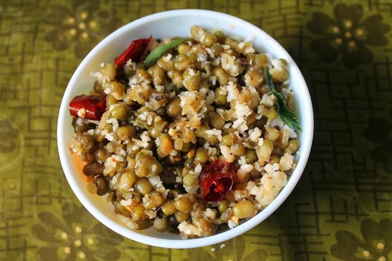 Pacha Payaru Sundal ( Sweet Variety ) / Pacha Payaru Vella Sundal / Green Gram Sweet Sundal - Navaratri Recipes