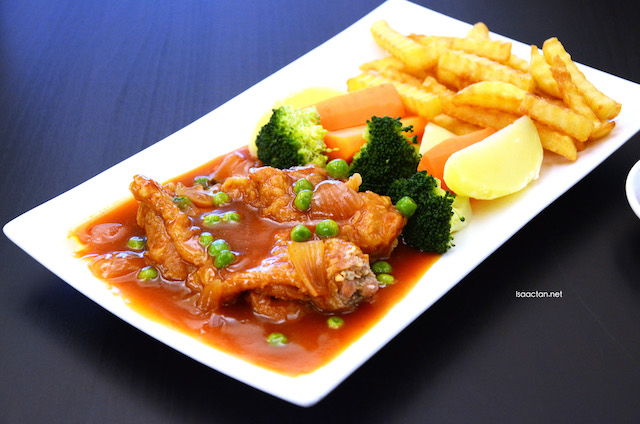 Hainanese Chicken Chop - RM15.90
