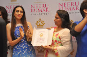 Neeru Kumar Label launch by Karishma Kapoor-thumbnail-3