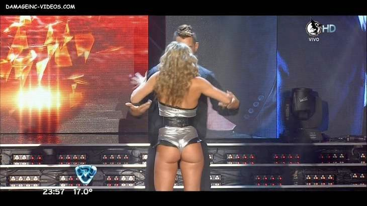 Perfect booty dancer Barby HD video
