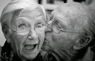 cinta kakek nenek