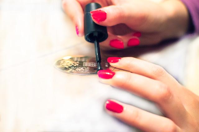 Konad nail art stamp