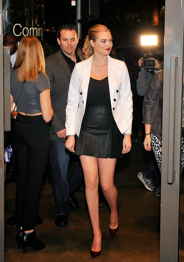 The 22-year-old kept her art on Tuesday, March 3, 2015 in a white blazer and dark leather mini skirt while complimented her Supermodel job for the Express Spring Fling Event at Union Square in San Francisco, CA, USA.