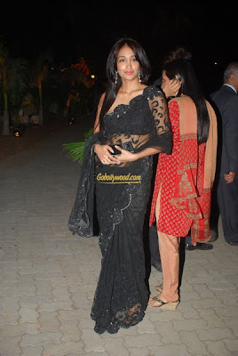 Jiah Khan Sexy Black Saree