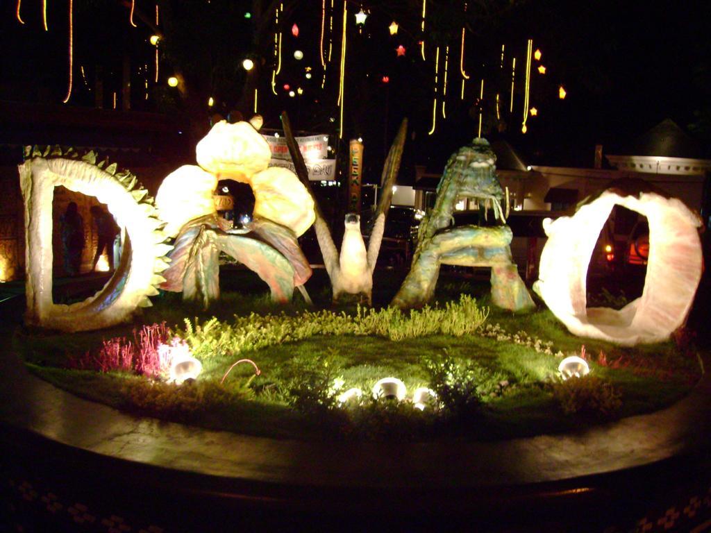http://1.bp.blogspot.com/-eTaCG-ItQho/TyCzznNXdAI/AAAAAAAACYI/WNj30Y3Lhe0/s1600/Davao-City-Tourism.jpg