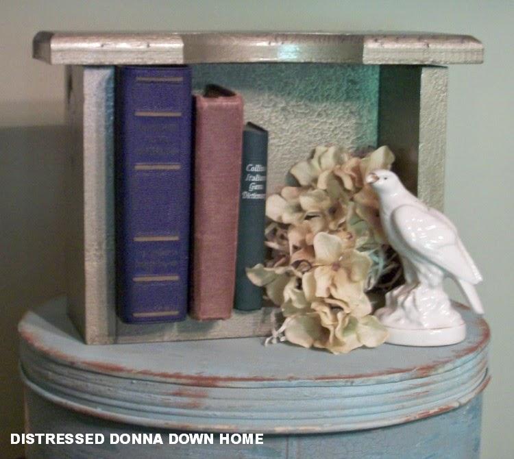 Rust-Oleum Metallic Spray Paint, wooden boxes, metallic finish