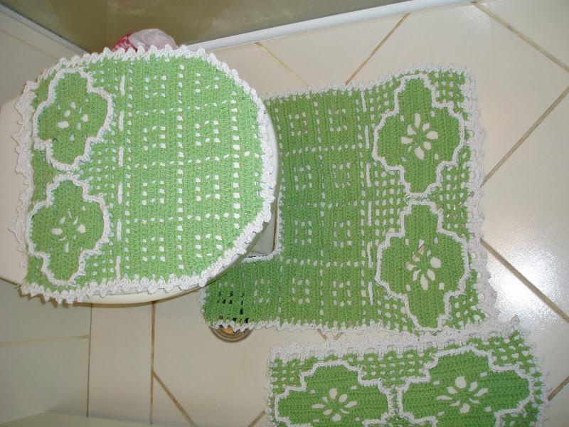 Tecendo Receitas jogo de banheiro em croche, verde -> Jogo De Banheiro Oval Simples Com Grafico