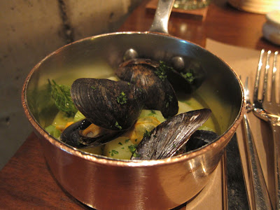 Mussel soup side with the sturgeon at RN74