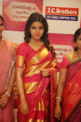 Samantha glamorous photos in saree-thumbnail-8