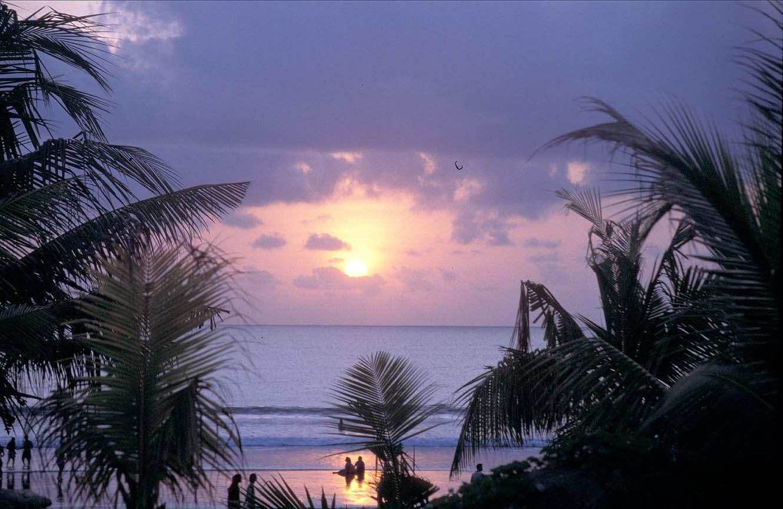 Best Bali Beaches,Bali Pictures Beach,Lovina Beach Bali,Accommodation Bali,bBali Bali Beach Resort
