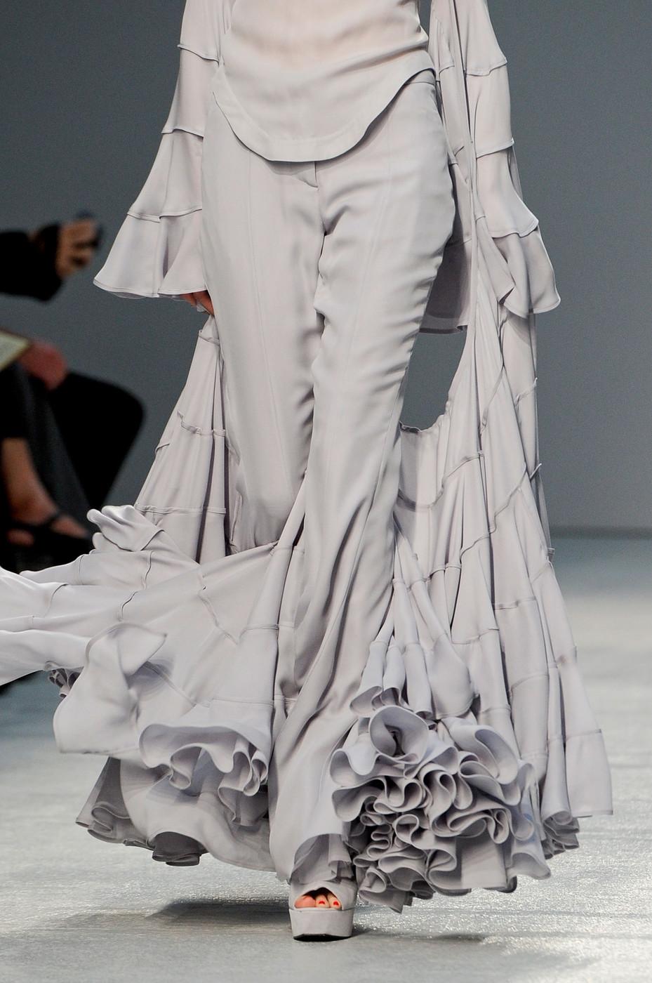 Gareth pugh architectural fashion 66