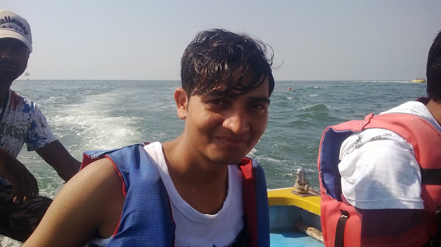 Amit Full Masti in Goa pic, Amit Kumar Goa see photo, Amit in See Photo