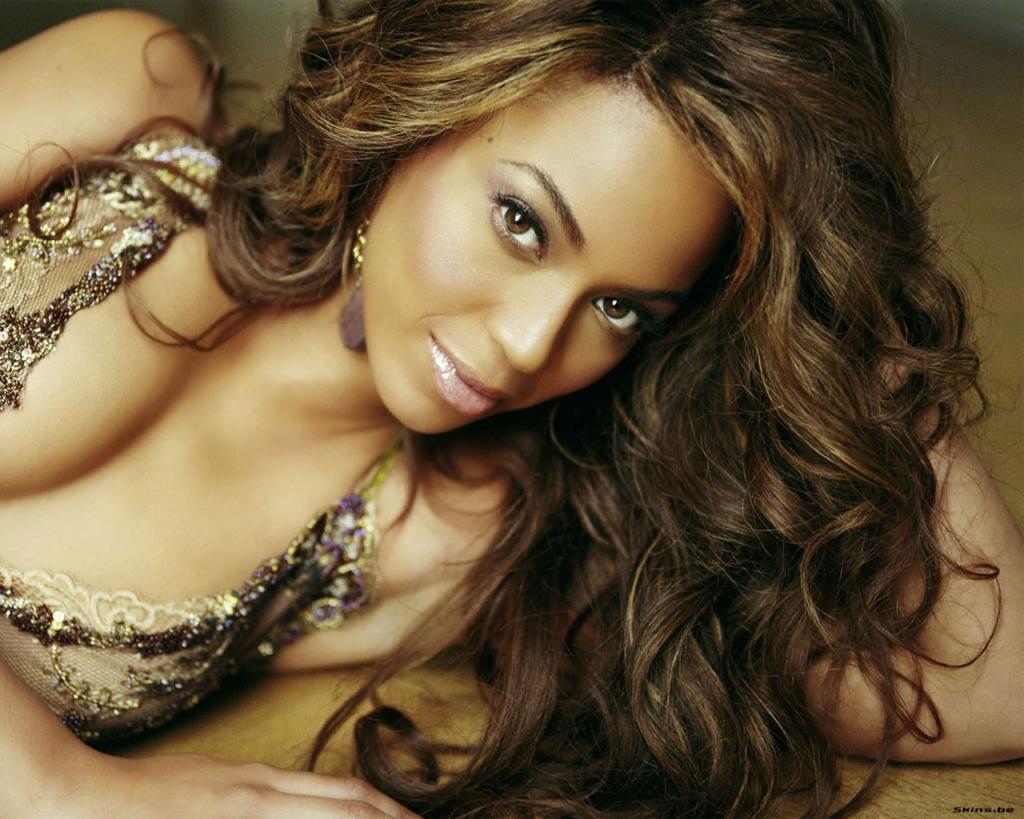 http://1.bp.blogspot.com/-eU_1nUnIyMA/Ter3HeBdi3I/AAAAAAAAHHg/sfKe7X-jc7s/s1600/Sexy+Beyonce+Wallpaper.jpg