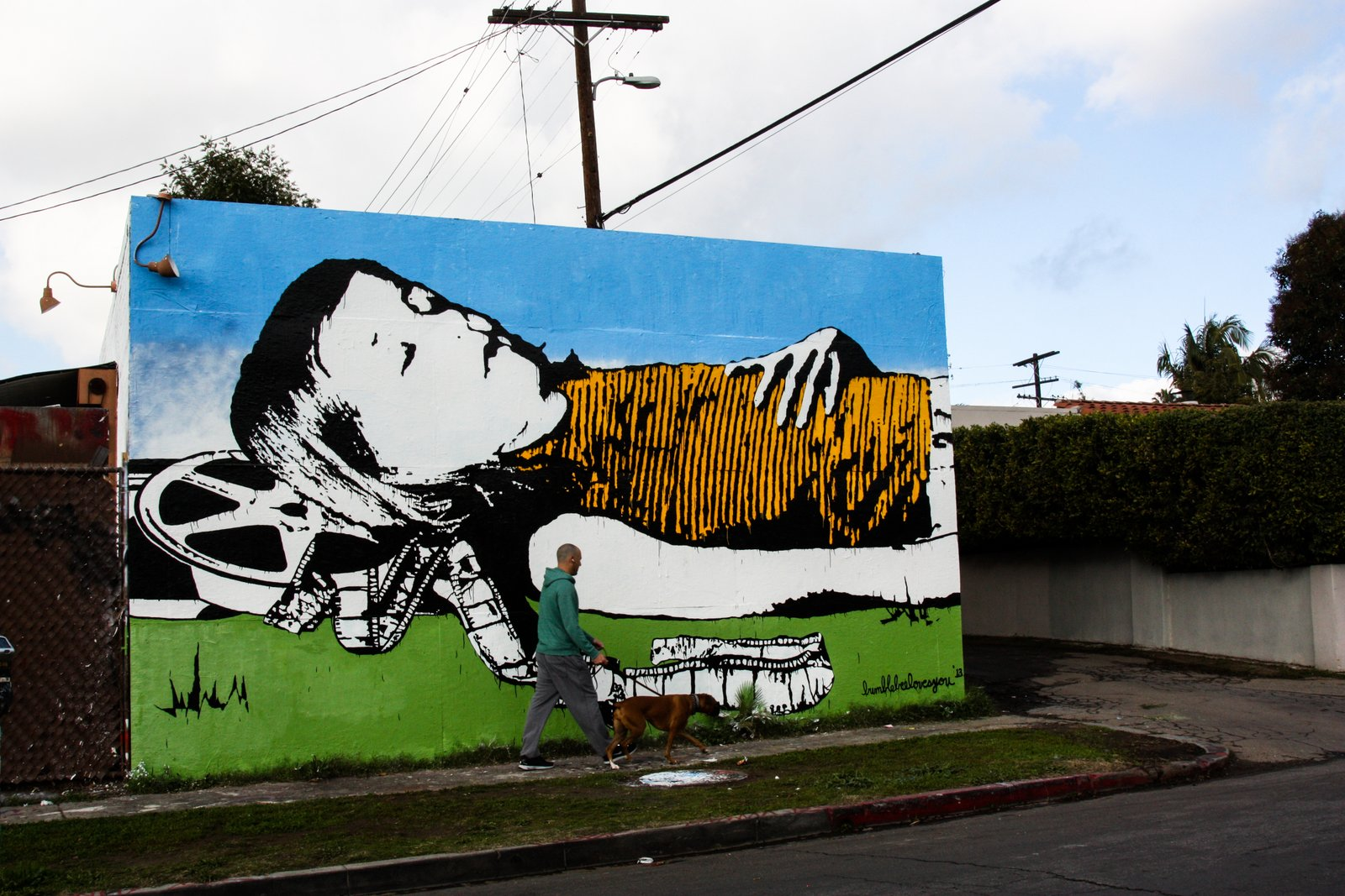 Bumblebee new mural in los angeles usa streetartnews for Bumble bee mural