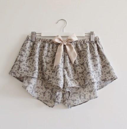 https://www.etsy.com/listing/194165100/madalynne-shorts?ref=favs_view_19