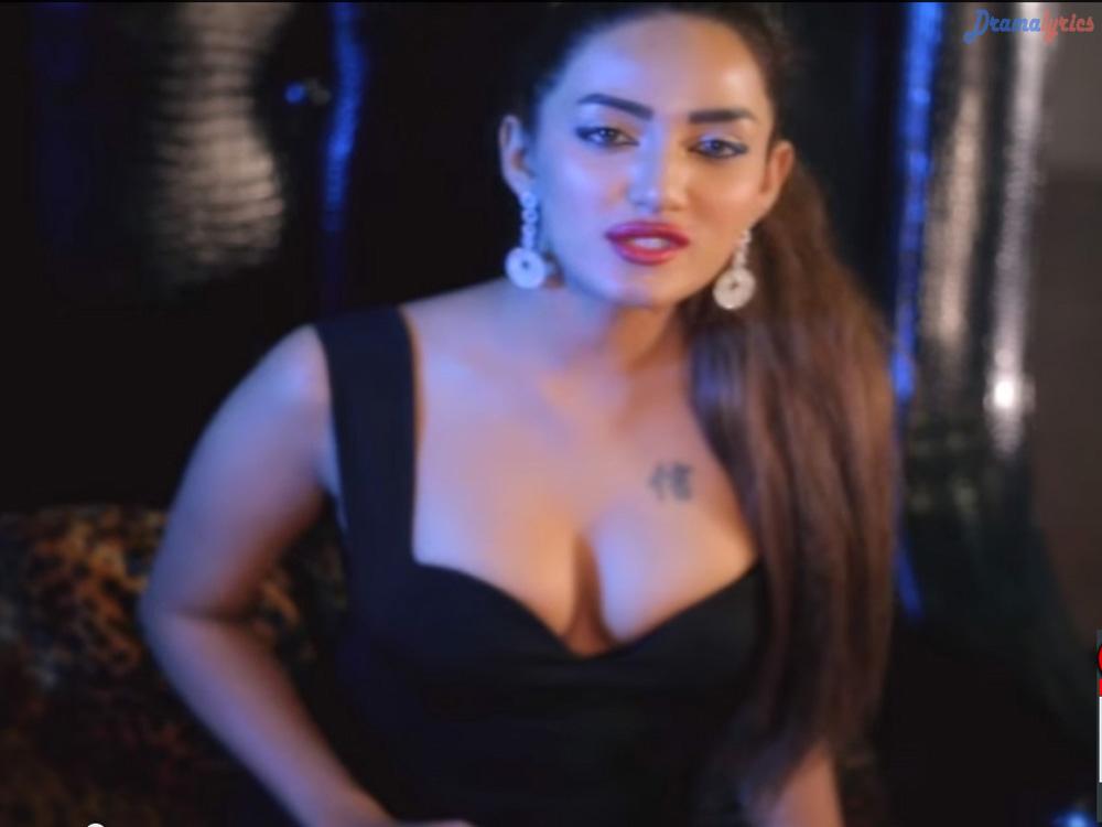 Mathira Khan Hot And Sexy Pakistani Actress Wallpapers
