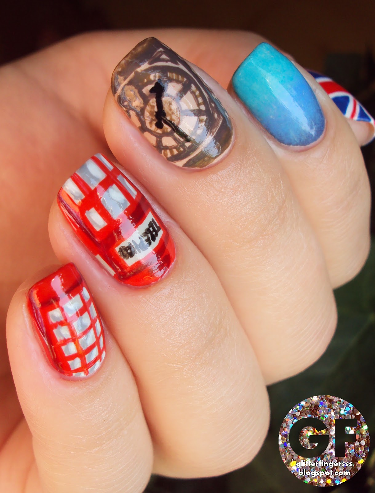 Nail Art London Glitterfingersss In English