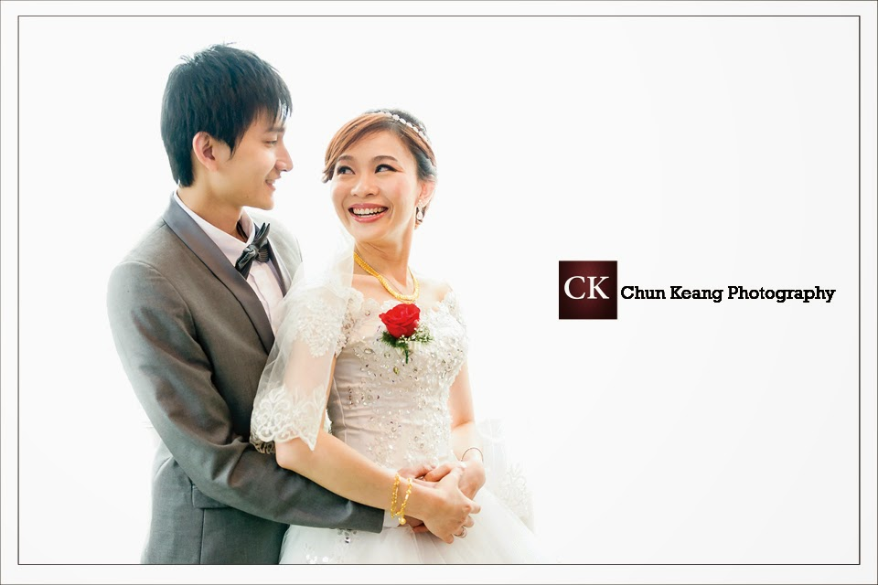 Actual wedding day photo, Chinese wedding reception, Condinental hotel, couple photo, Freelance, Penang wedding photographer, photography price, Wedding ceremony photography,