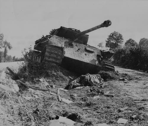 WW2 Tank Wrecks http://panzermaus.blogspot.com/2011/07/worlwar-2-vehicle-wrecks.html